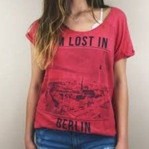 Mango I'm Lost in Berlin red graphic T-shirt